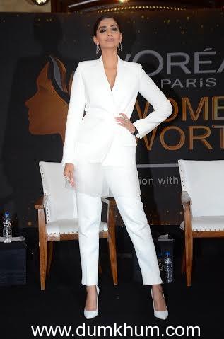 L'Oreal Paris Brand Ambassador Sonam ... Worth Awards Press Conference_1