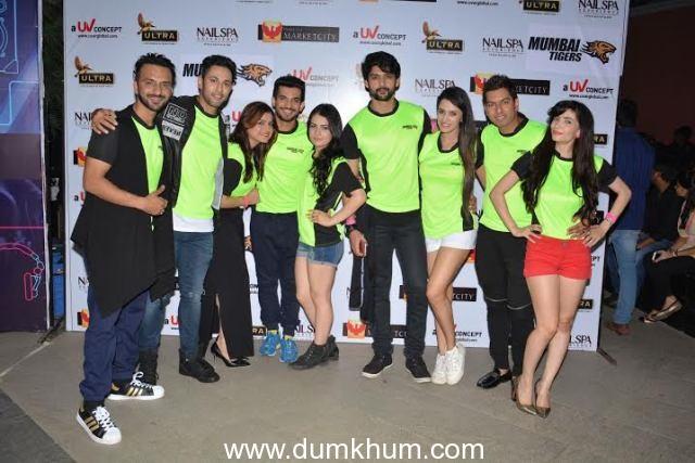 Team Mumbai Tigers promoting their team @ Edward Maya Concert