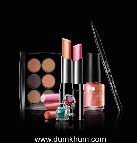 Lakme Illumimate - Makeup Collection.