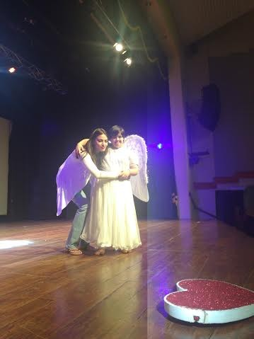 Like her parents – Anu and Shahshi Ranjan, the talented actress Anushka Ranjan also believes in giving back to the society and supports social causes