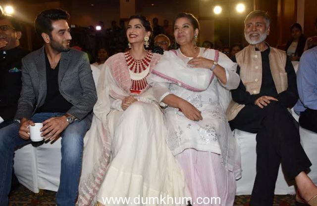 Sonam Kapoor, Shabana Azmi, , Shekhar Ravjiani,