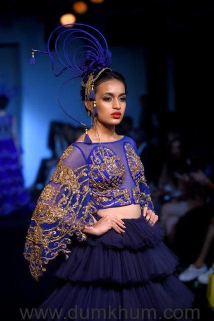 Models Walking the Ramp displ ... Lakme Fashion Week