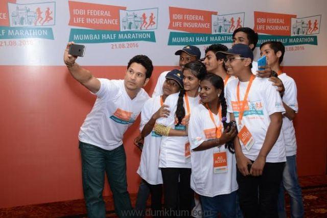 Sachin Tendulkar to be the face of IDBI Federal Life Insurance Marathons in Mumbai, New Delhi & Kolkata