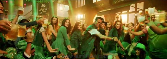 Akshay Kumar's return in party avatar, a superhit-