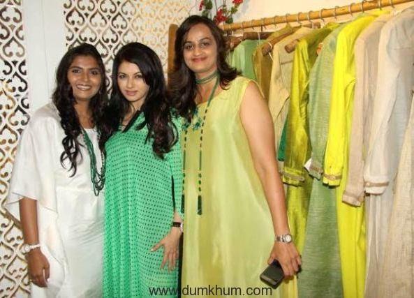 Bhagyashree with Bhumika & Jyoti
