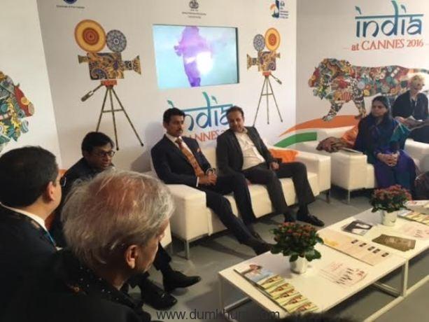 Kishore Lulla with Rajyavardhan Singh Rathode at India Pavillion Cannes Film Festival 2016.