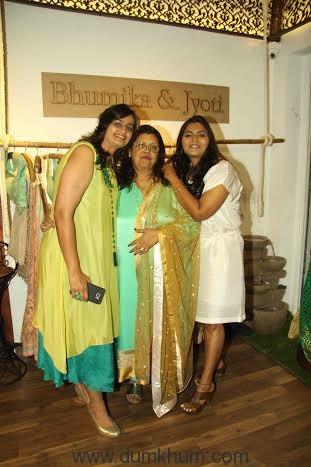 Krishna Mukerji with Bhumika & Jyoti