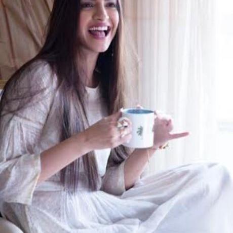 Sonam Kapoor voted India's Most Stylish Actress !