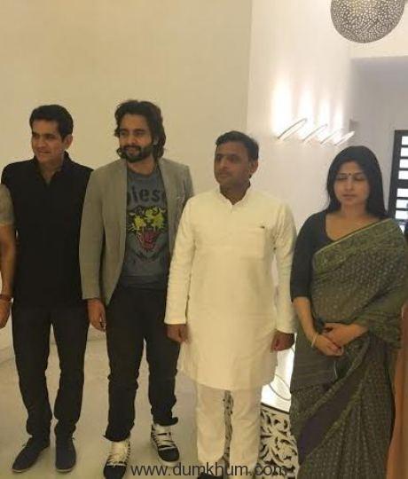 Sarbjit team meets the Chief Minister of Uttar Pradesh-