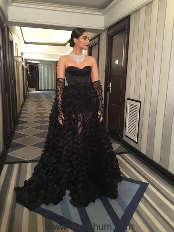 Sonam Kapoor's third appearance at Cannes 2016-
