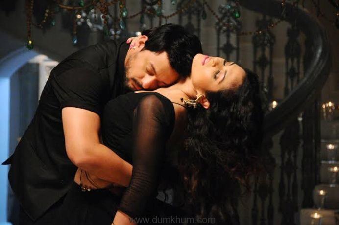 Swwapnil Joshi & anjana Sukhani