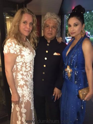 Sheetal posing with dear friends Suhel Seth and Clairie Saran.