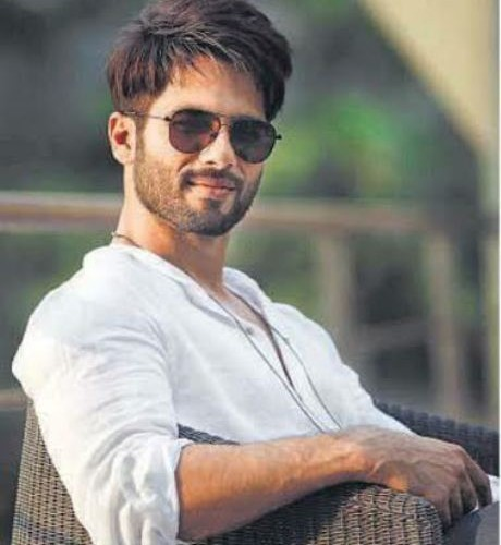 Shahid Kapoor continues to take risks!