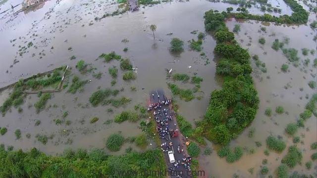 CHENNAI SURVIVING THE FLOOD 4
