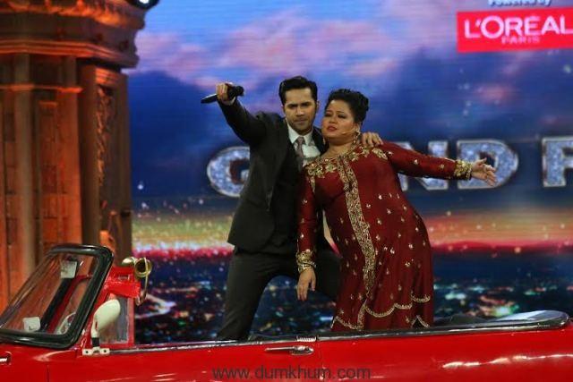 Varun Dhawan raps with Bhar ... h on India's Got Talen