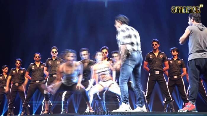 Who Does Priyanka Chopra wants to Dance like!