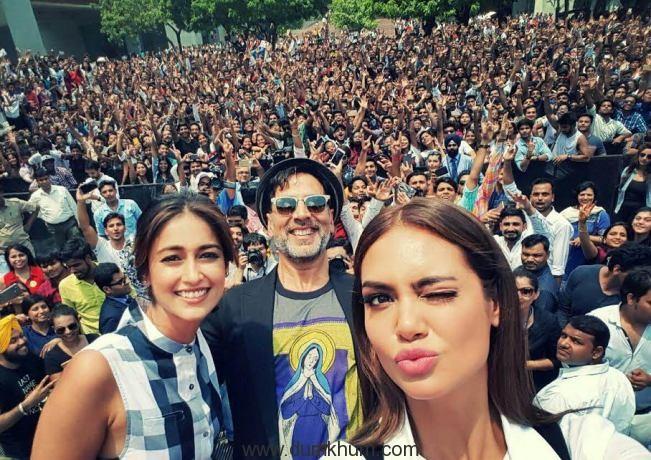 Akshay Kumar, Ileana D'cruz and Esha Gupta promote Rustom at a college in Delhi