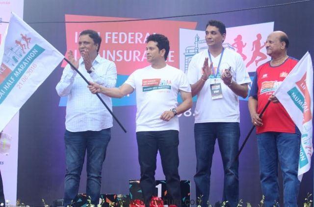 IDBI Federal Life Insurance Mumbai Half Marathon 2016 flagged off by Sachin Tendulkar-