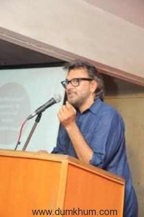 Rakeysh Omprakash Mehra joins hands with YUVA Unstoppable and felicitates True Heroes.