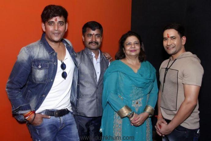Priyanka Chopra 's Mother Announced next Bhojpuri