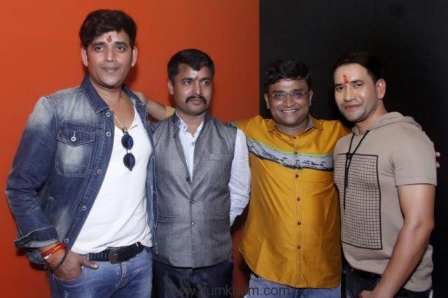 Ravi Kishan, Santosh Mishra and Nirahua