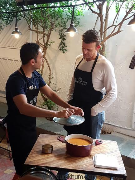 Something's cooking between Adam Gilchrist and Saransh Goila!