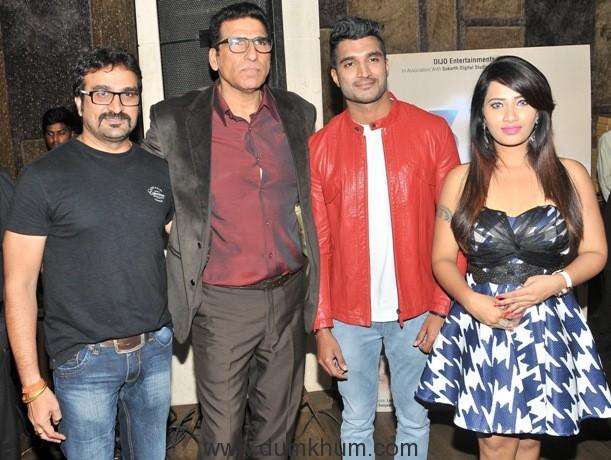 mukesh-rishi-with-vishal-and-sanjana-naidu