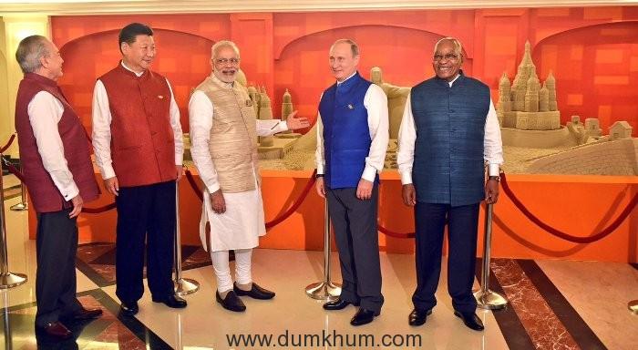 BRICS leaders admire Sudarsan Pattnaik's sand art at the Summit Hotel