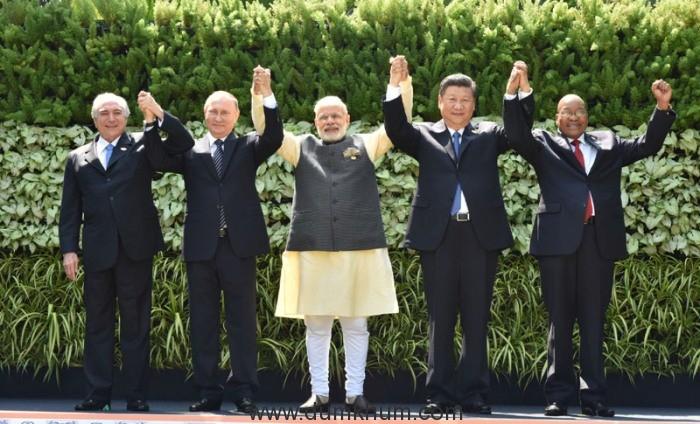 The Prime Minister, Shri Narendra Modi in the BRICS Leaders' family photograph at the BRICS Summit venue, in Goa on October 16, 2016.