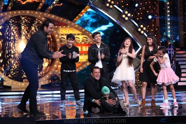 bigg-boss-10-integration-in-comedy-nights-bachao-tazaa-and-jhalak-dikhhla-jaa-6