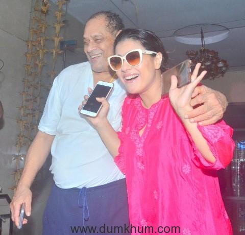 debu-mukherji-with-kajol