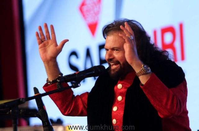hansraj-hansnoted-singer-at-india-today-safaigiri-award-function-in-new-delhi-on-sunday-6