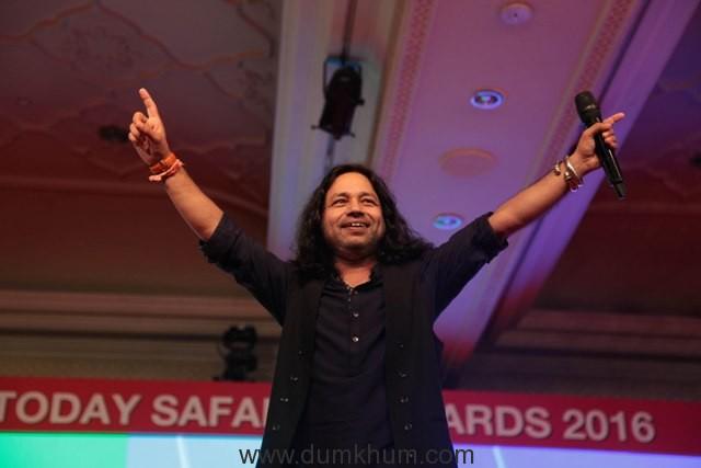kailash-khernoted-singer-at-india-today-safaigiri-award-function-in-new-delhi-on-sunday-13
