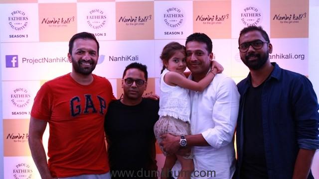 mahesh-bhupathi_with_daughter_photographers