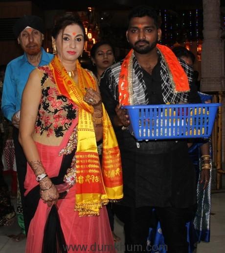 aakhir-kyon-team-at-shree-siddhivinaya-temple-at-dadar-prabhadevi