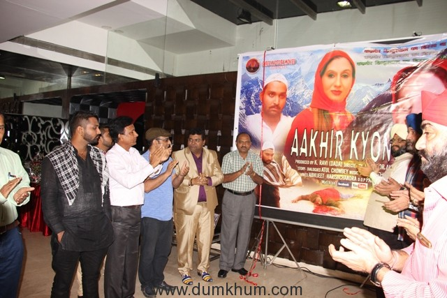aakhir-kyon-team-at-shree-siddhivinaya-temple-at-dadar-prabhadevi-launch