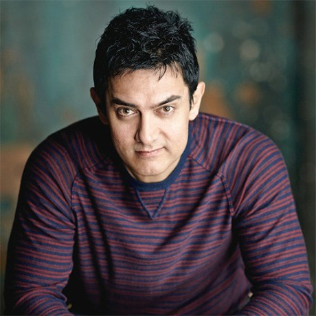 OMG Aamir takes to smoking! Find out why.