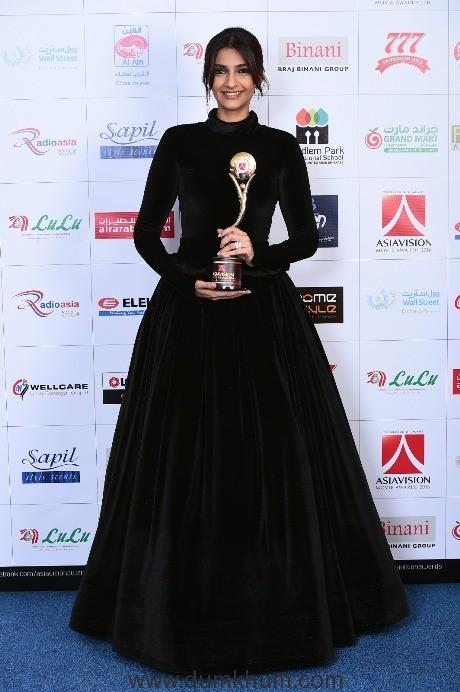 its-raining-awards-for-sonam-kapoor