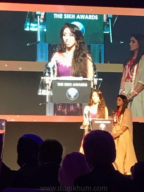 natasha-mudhar-on-stage