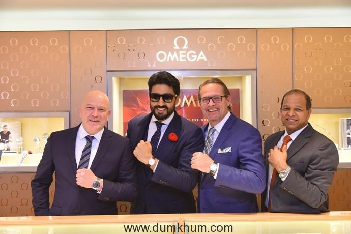 oliver-hugentobler-regional-sales-manager-abhishek-bachchan-brand-ambassador-jean-claude-monachon-vp-product-and-customer-service-ph-narayanan-brand-manager-india