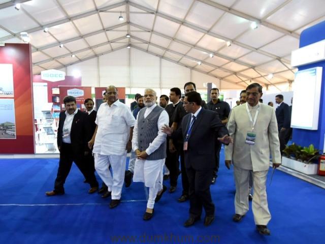 The Prime Minister, Shri Narendra Modi visiting the Exhibition on Sugarcane Value Chain-Vision 2025 Sugar in Vasantdada Sugar Institute, in Pune, Maharashtra on November 13, 2016.