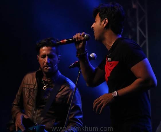 salim-sulaiman-jonita-gandhi-at-jammin-live-concert-10