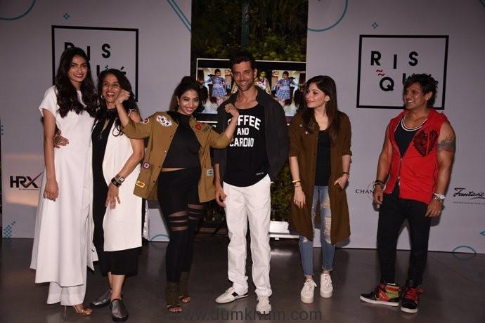 "The fittest man Hrithik Roshan launches Anandita De's blog ""Risque by Ana De"" amidst major star power!"