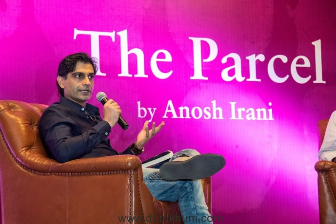 RIYAAZ AMLANI HOSTED THE LAUNCH OF ANOSH IRANIS' NEW BOOK: 'THE PARCEL' AT antiSOCIAL, KHAR