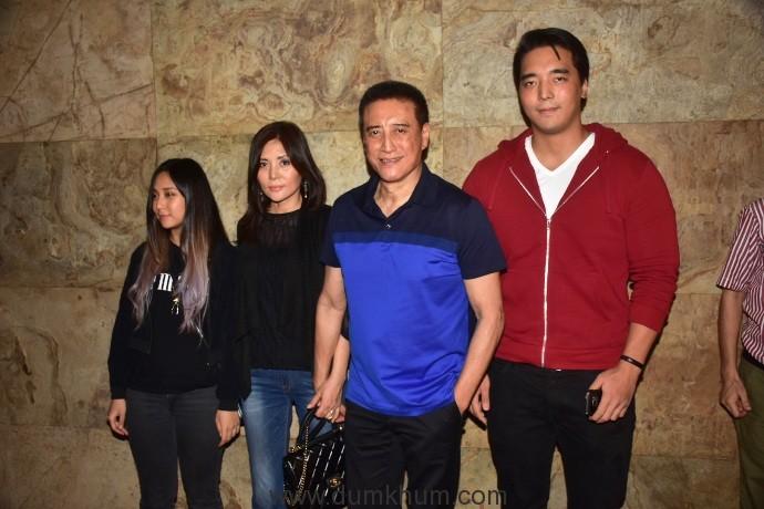 danny-denzongpa-with-family