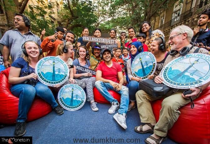 Kartik Aaryan and Ash King celebrate Mumbai Ballard Estate Festival's second signature weekend with Mumbaikars!