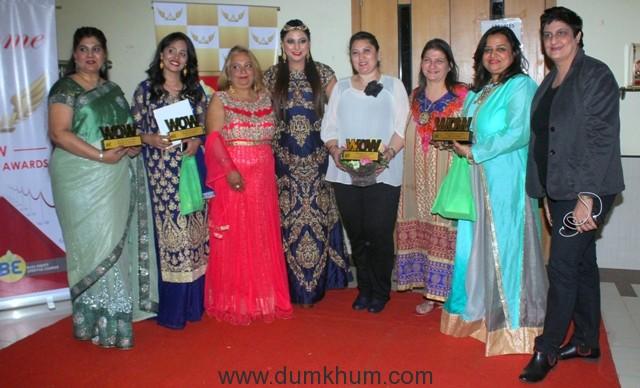 ms-shobha-arya-gurpreet-kaur-chadha-parul-chawala-with-other-at-wow-awards-2016-img_4881