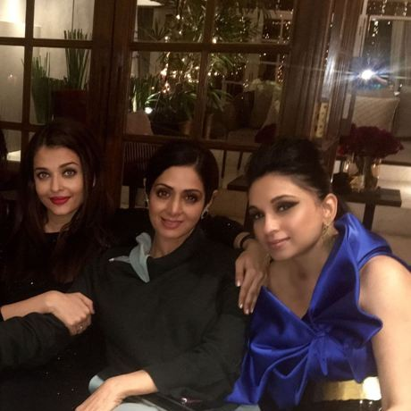 Sheetal Mafatlal parties with Sridevi, Karishma Kapoor and Aishwarya Rai Bachchan at close friend Manish Malhotra's 50th! (Dec 4th)