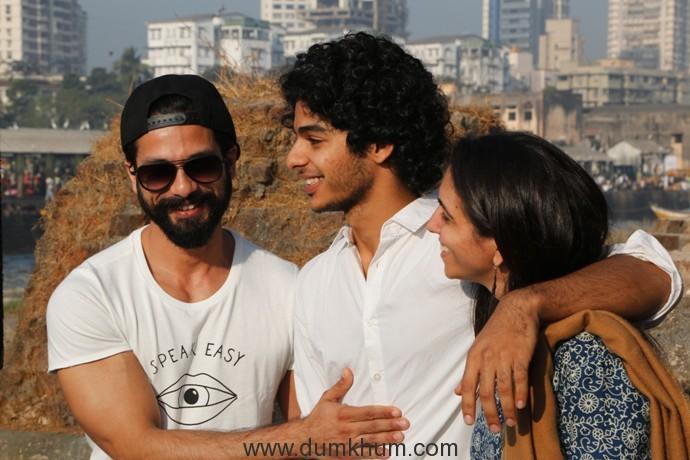 L-R Shahid Kapoor, Ishaan Khatter, Producer Shareen Mantri Kedia