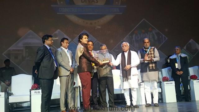 Singer Sonu Nigam has been honored 'Haryana Gaurav Samman' by Haryana Government
